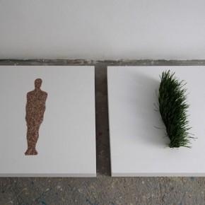 Artsiom Parchynski, Senza titolo, 2012, legno, smalto, grano, grano germogliato, due pezzi 70x70x10 cm circa ciascuno