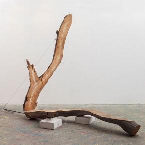 30Anna Ippolito, Universi paralleli, 2012, gesso e acrilico su legno, acciaio