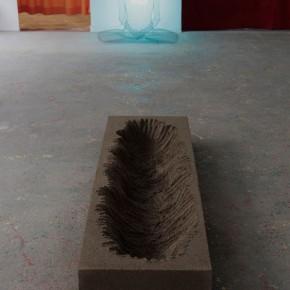 Artsiom Parchynski, Senza titolo, 2012, sabbia, 210x70x35 cm
